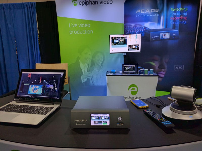 Pearl-2 at WFX 2016, showing LUMiO 12x and a laptop for confirguration.
