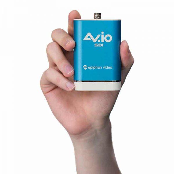 AV.io SDI - in hand