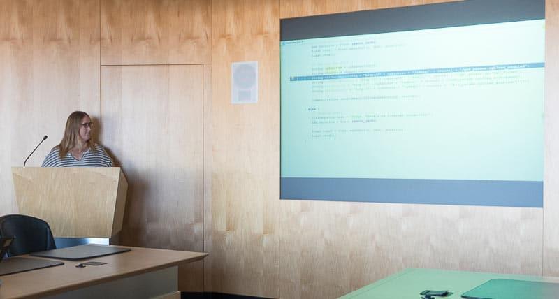 Live stream a workshop - Presentation and podium